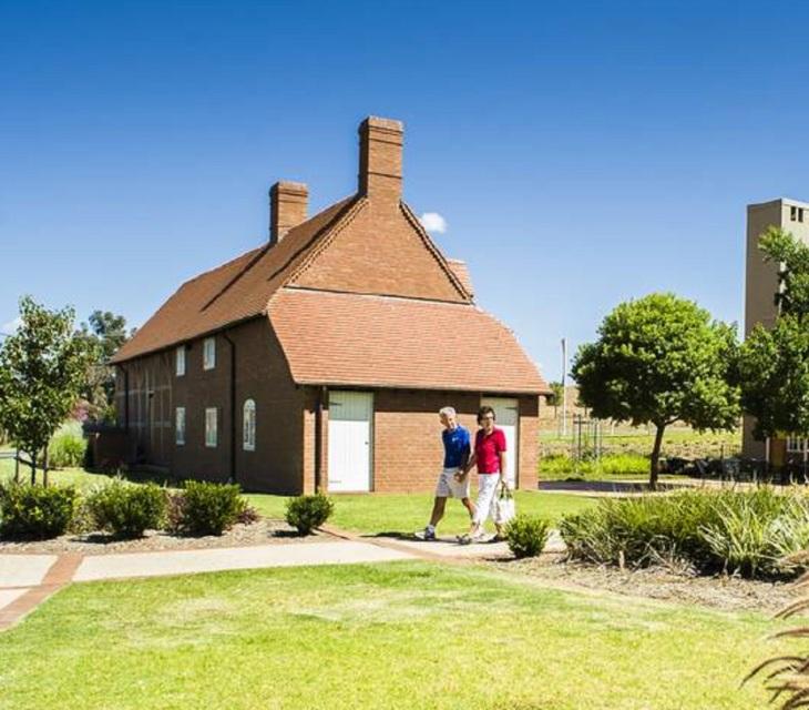 Moat-Cottage